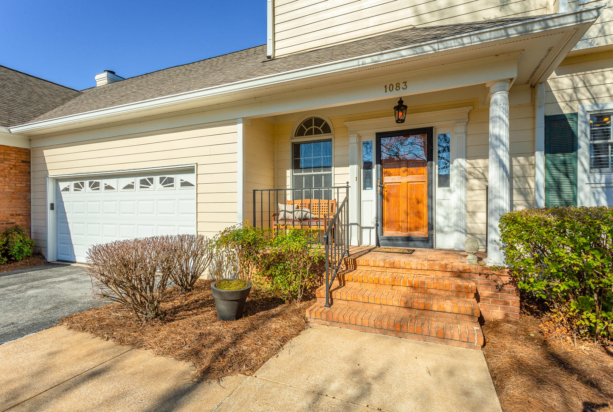 1083 Constitution Dr, Chattanooga, TN 37405