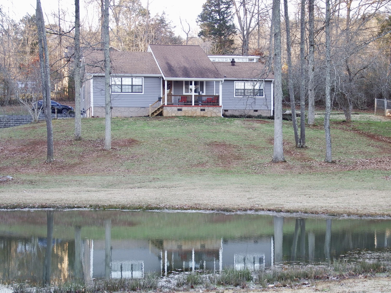221 Glenview Estate Dr, Jasper, TN 37347