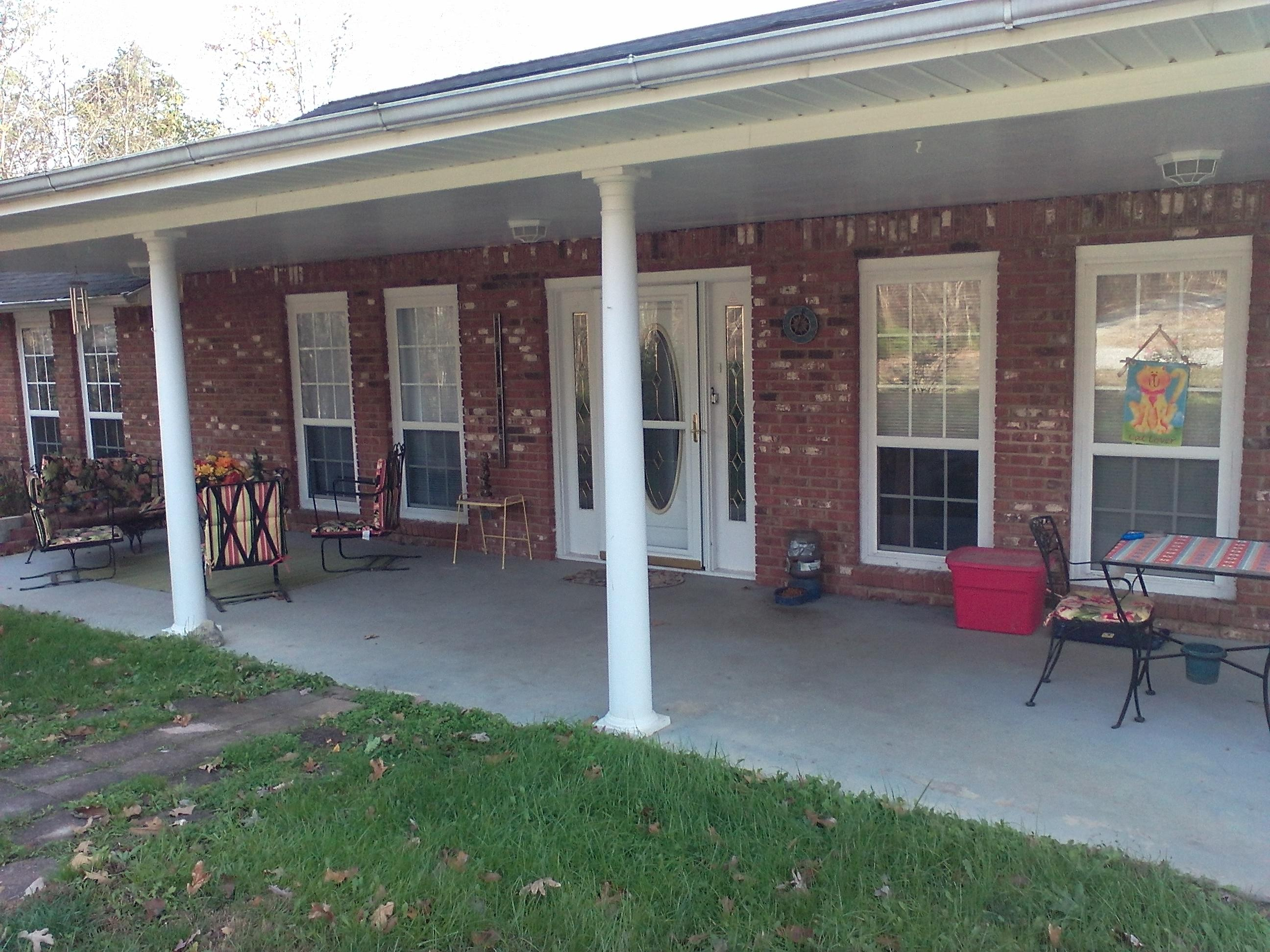 699 Tanglewood Hill Rd, Pikeville, TN 37367