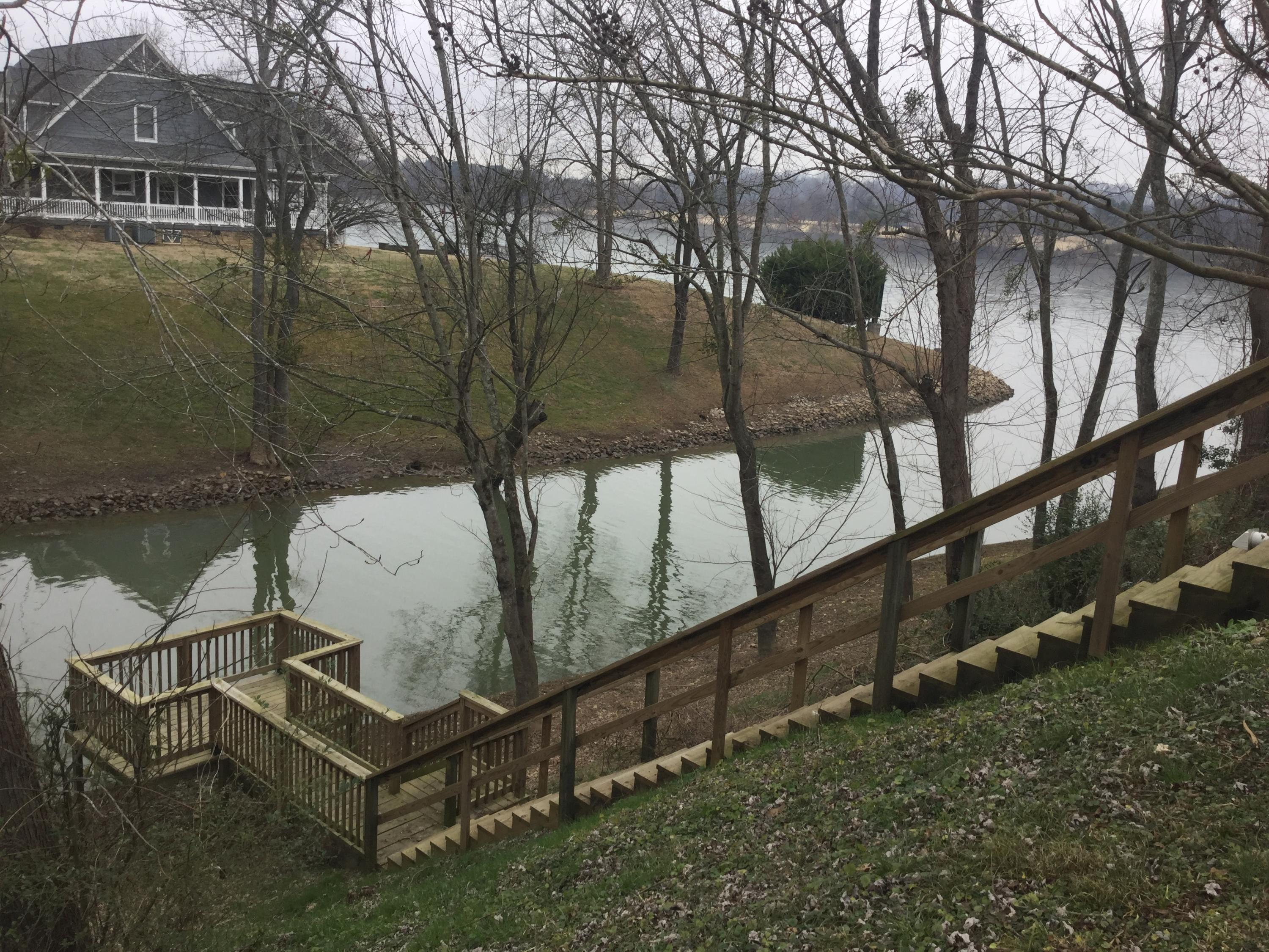 3186 Waterfront Dr, Chattanooga, TN 37419