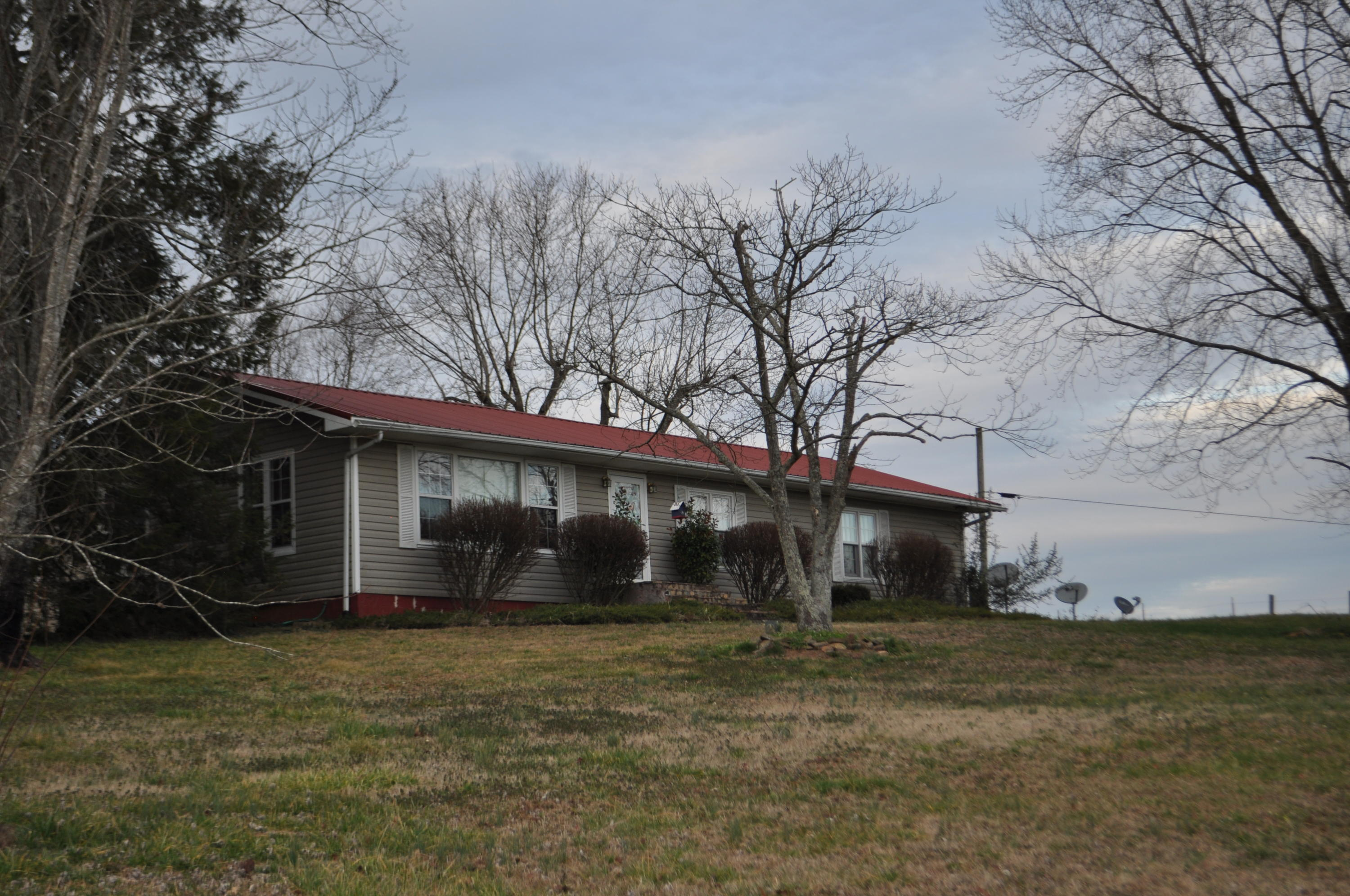 12053 Old State Hwy 28, Pikeville, TN 37367
