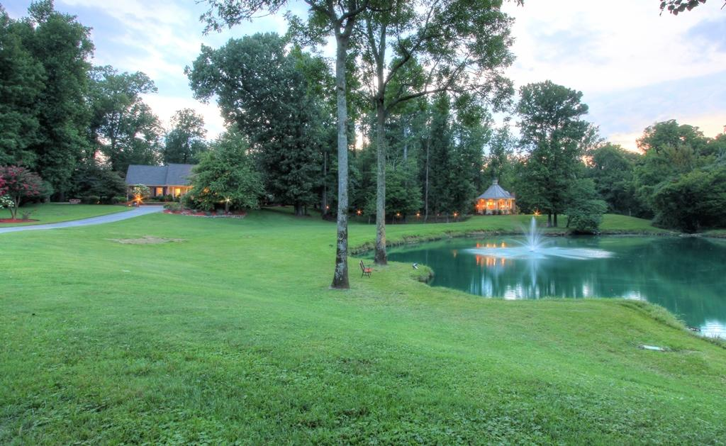 2211 Nw Woodcreek Dr, Cleveland, TN 37311