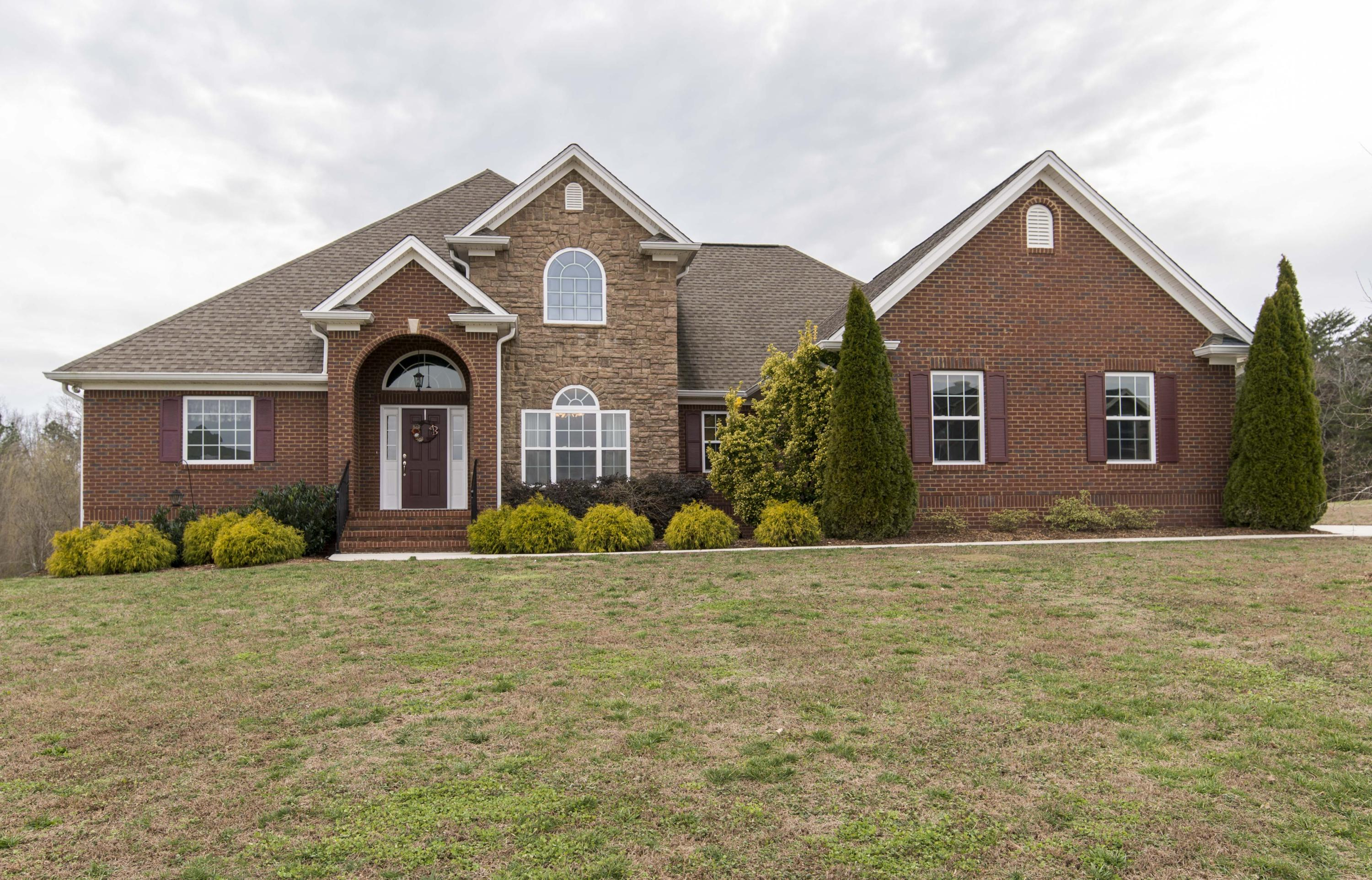 1195 Summercrest, Soddy Daisy, TN 37379