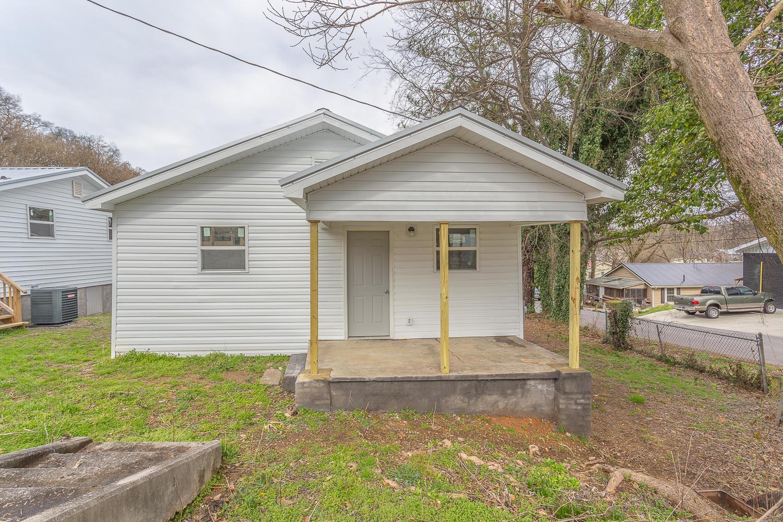 511 M L King Jr Blvd, Dalton, GA 30721