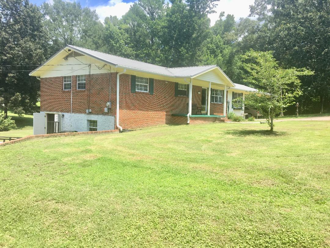 1369 Wooten Rd, Ringgold, GA 30736