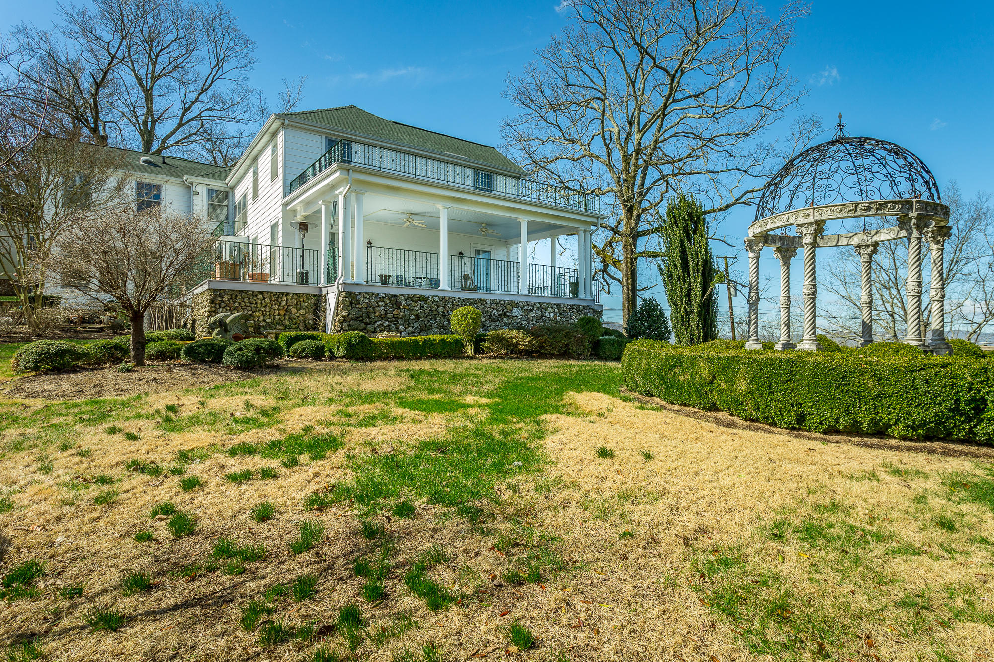 76 N Crest Rd, Chattanooga, TN 37404