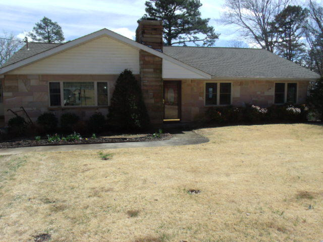 307 Edmister Rd, Sequatchie, TN 37374