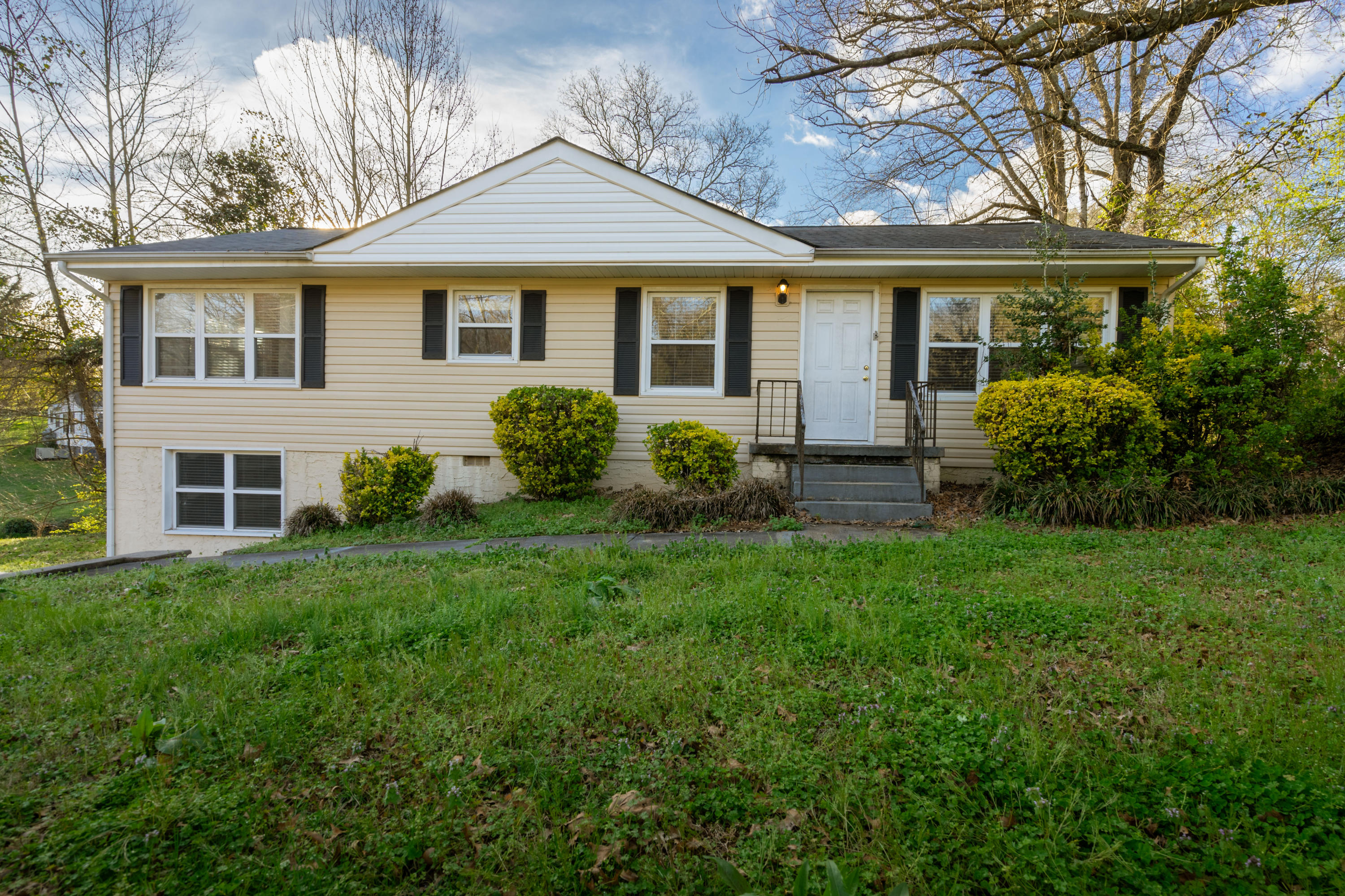 3759 Occonechee Tr, Chattanooga, TN 37415