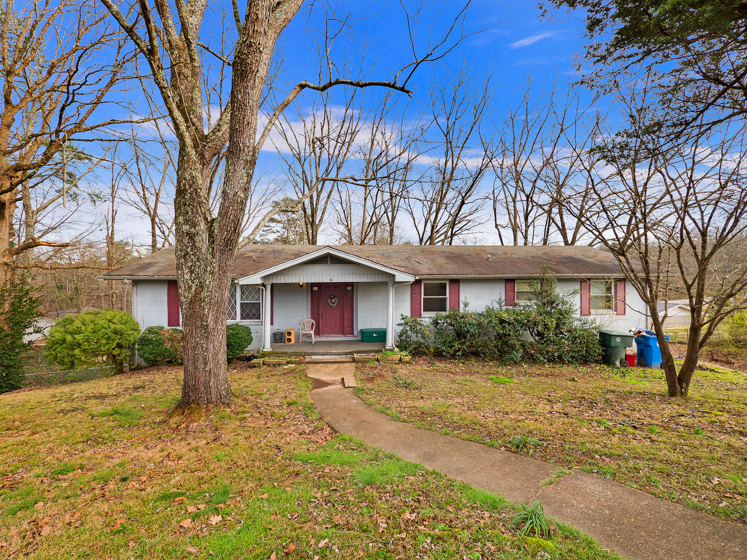 4710 Overlook Ln, Hixson, TN 37343