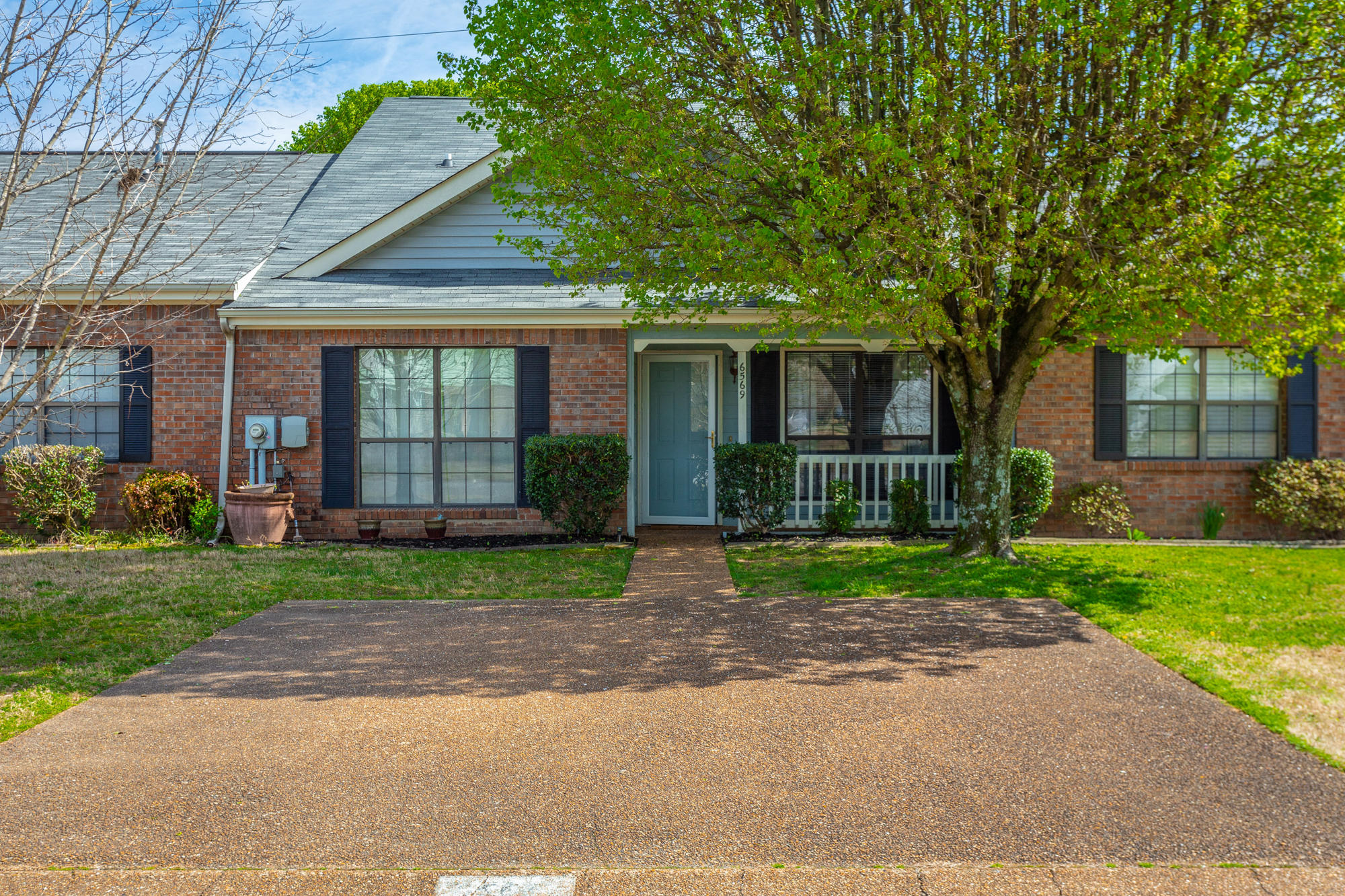 6569 Hickory Meadow Dr, Chattanooga, TN 37421