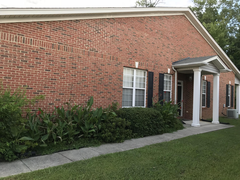 1815 Jackson Square Dr, Hixson, TN 37343