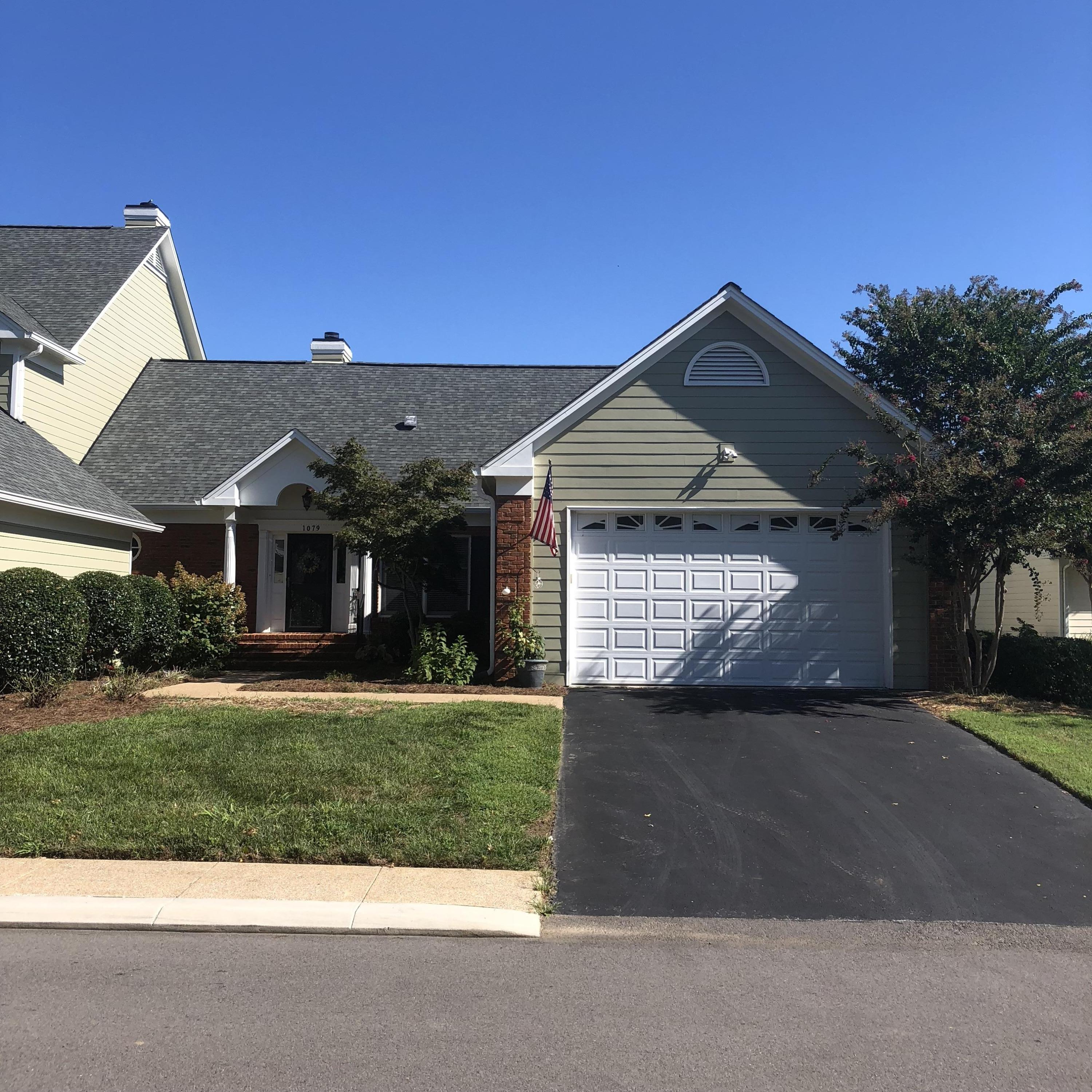 1079 Constitution Dr, Chattanooga, TN 37405
