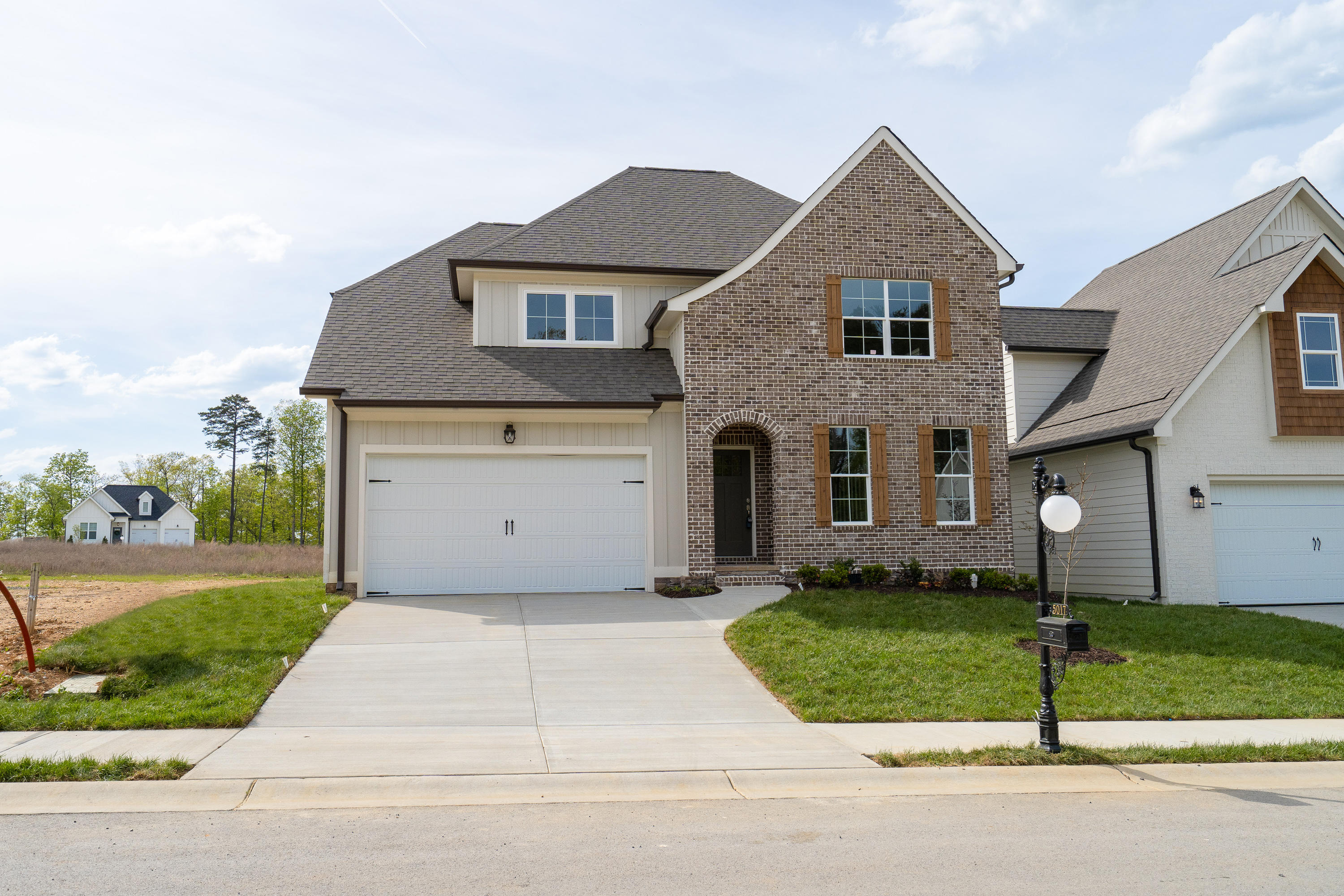 5017 Waterstone Dr, Chattanooga, TN 37416