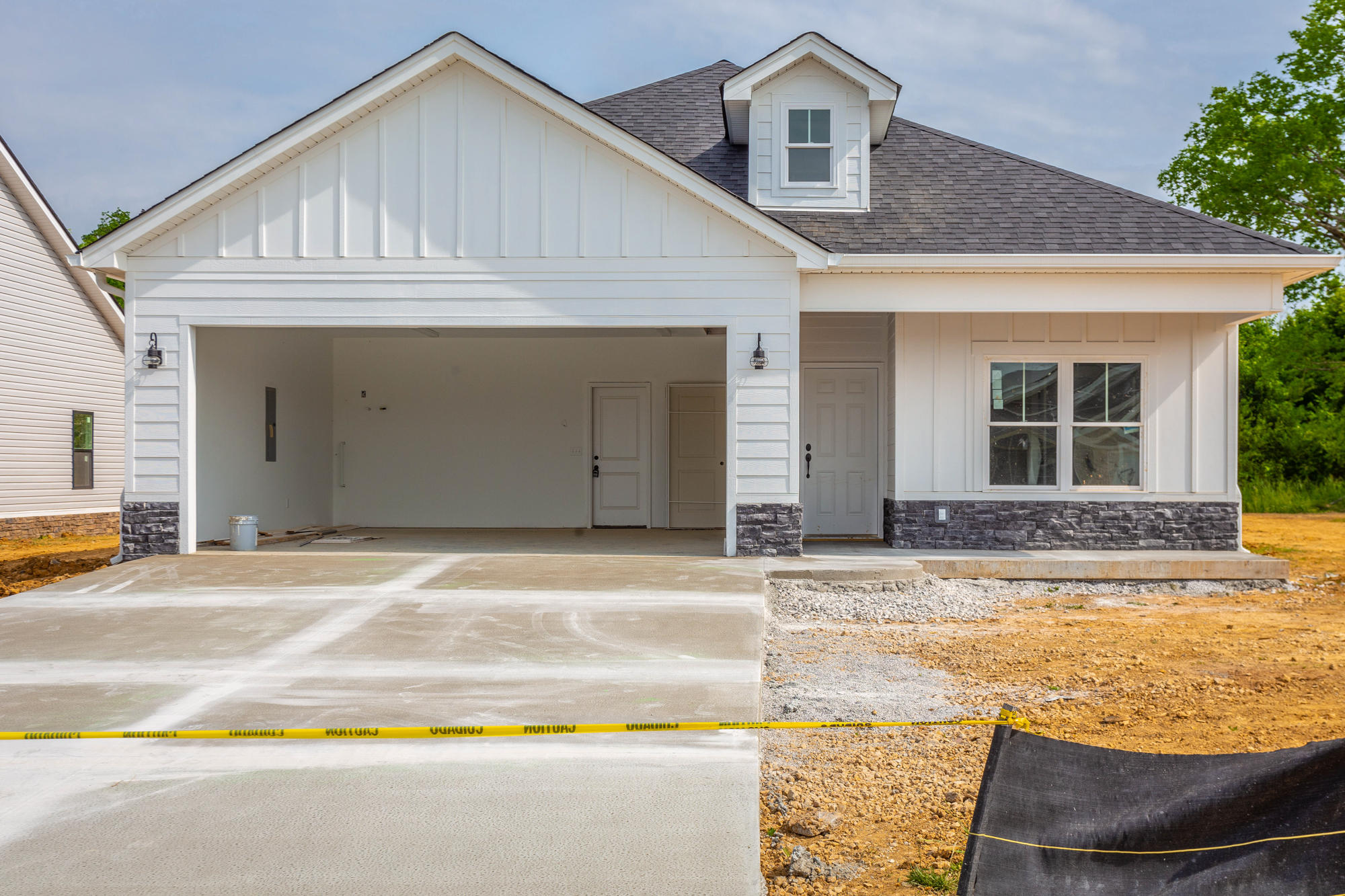 85 Browning Dr, Rossville, GA 30741