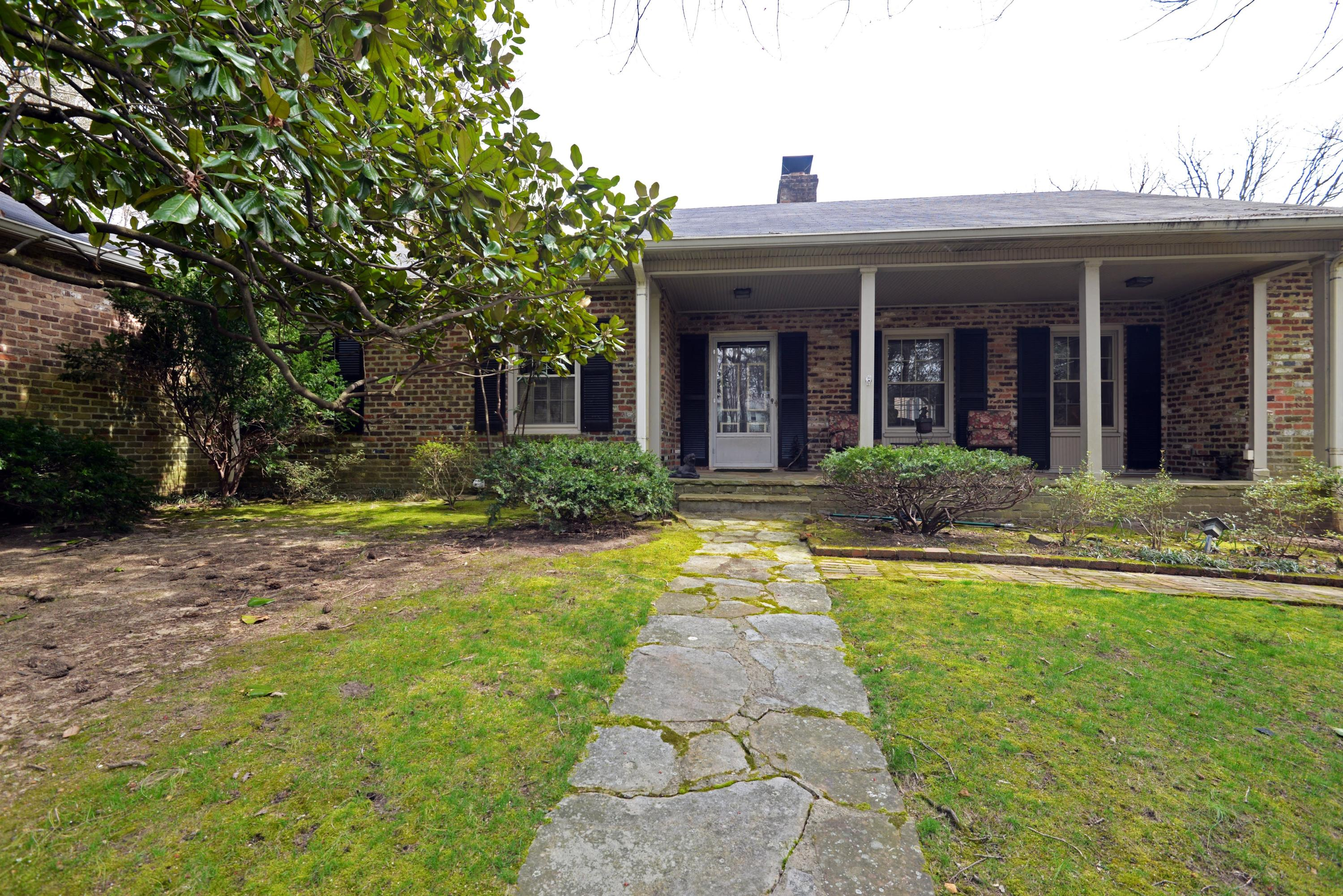 311 Park Road, Lookout Mountain, TN 37350