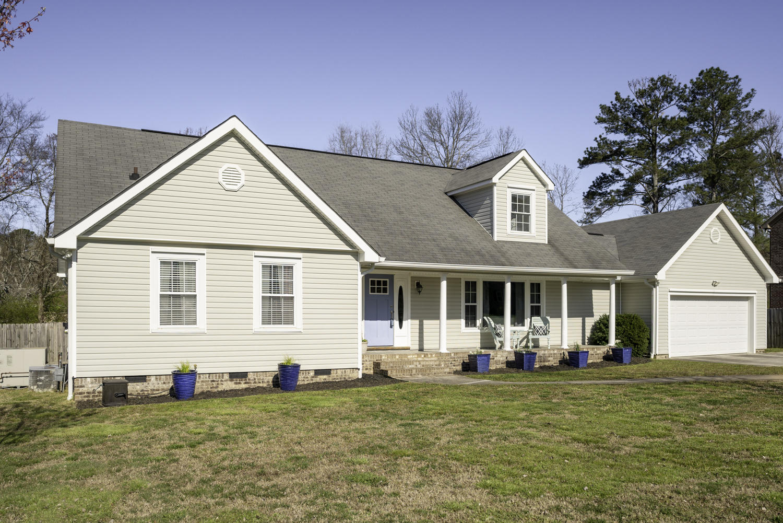 1817 Farris Rd, Chattanooga, TN 37421