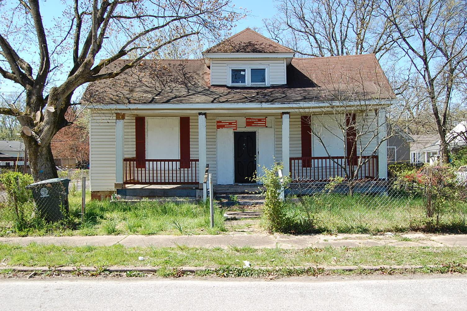 1815 S Beech St, Chattanooga, TN 37404