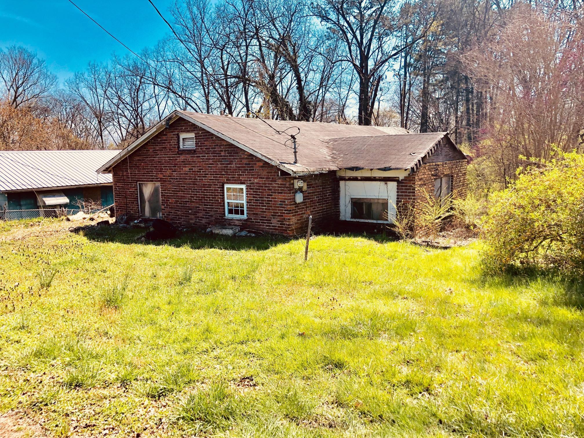 129 Hargrave Rd, Rossville, GA 30741