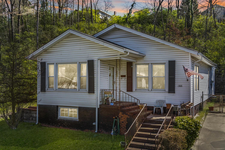 1306 Hixson Pike, Chattanooga, TN 37405
