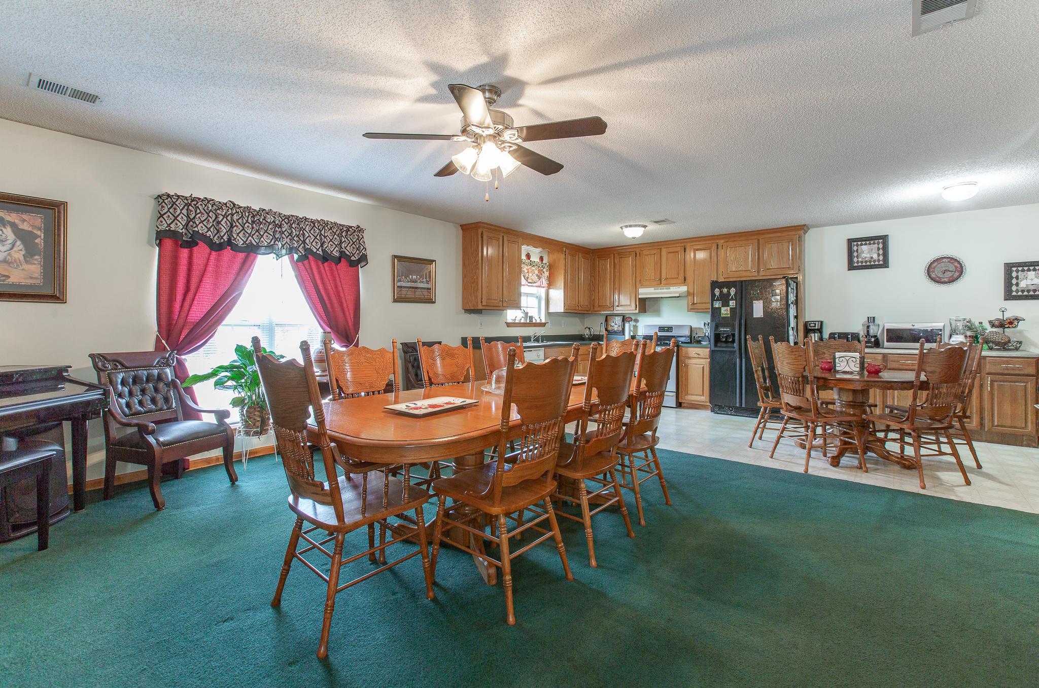 1113 Carters Rd, Chatsworth, GA 30705