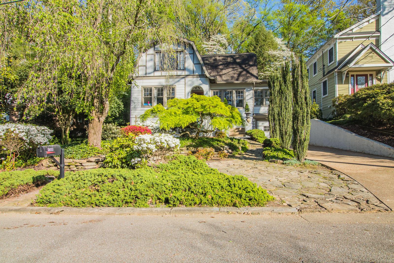 1306 Lawrence Rd, Chattanooga, TN 37405