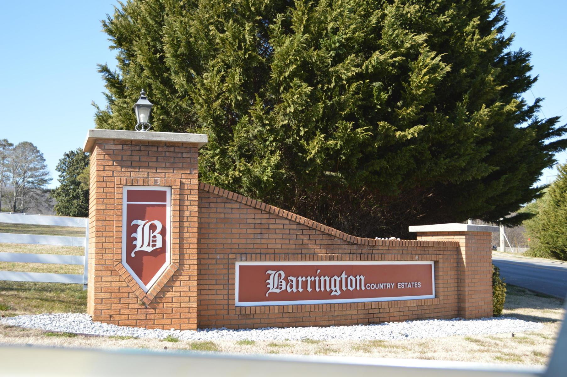 5550 Barrington Country Cir, Ooltewah, TN 37363