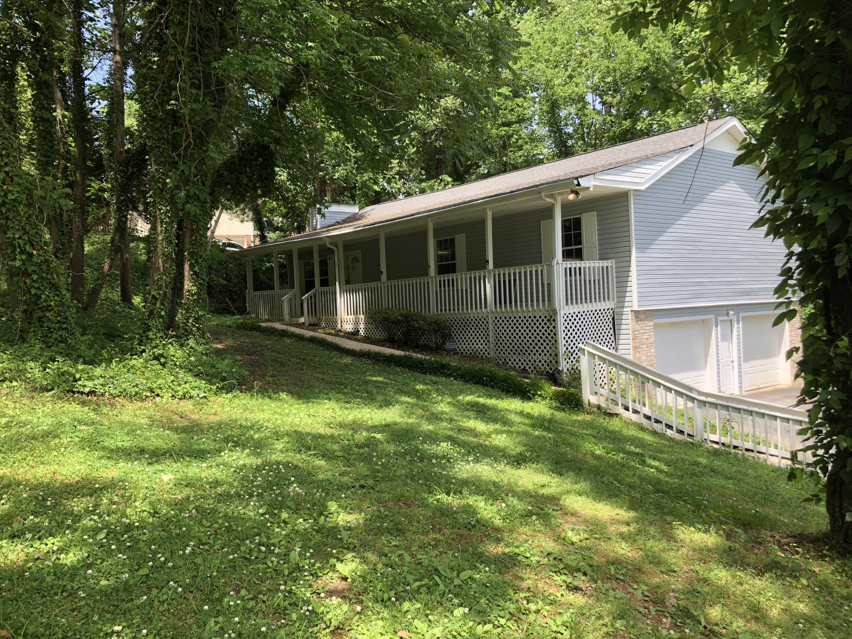 315 Cross Creek Dr, Chattanooga, TN 37415