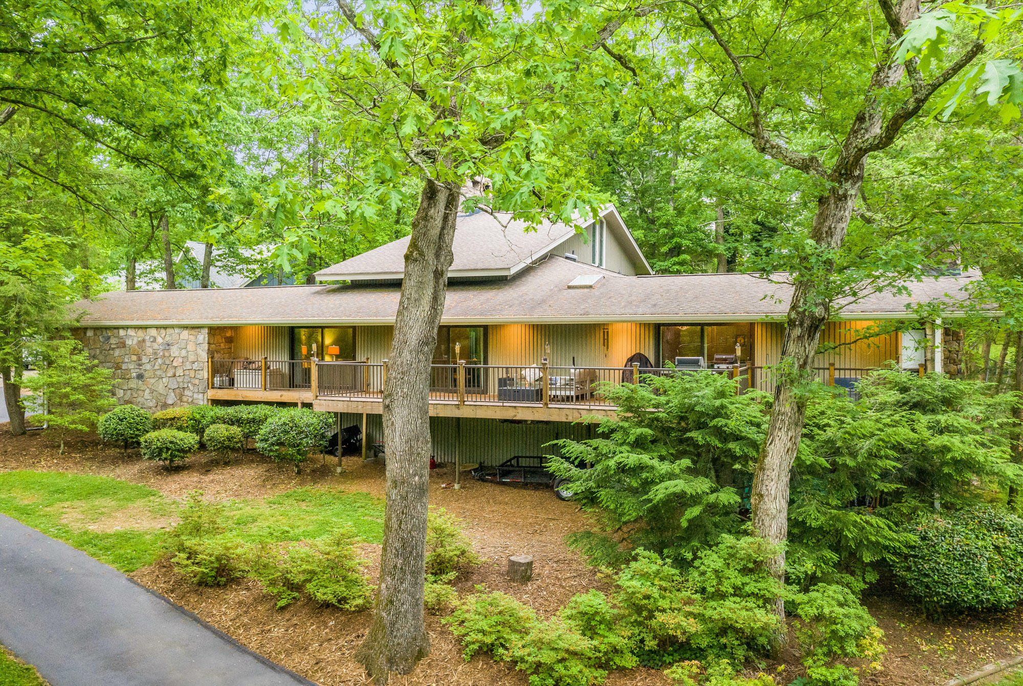 416 Fern Tr, Signal Mountain, TN 37377
