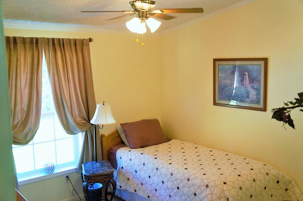 605 Black Mountain Rd, Dunlap, TN 37327