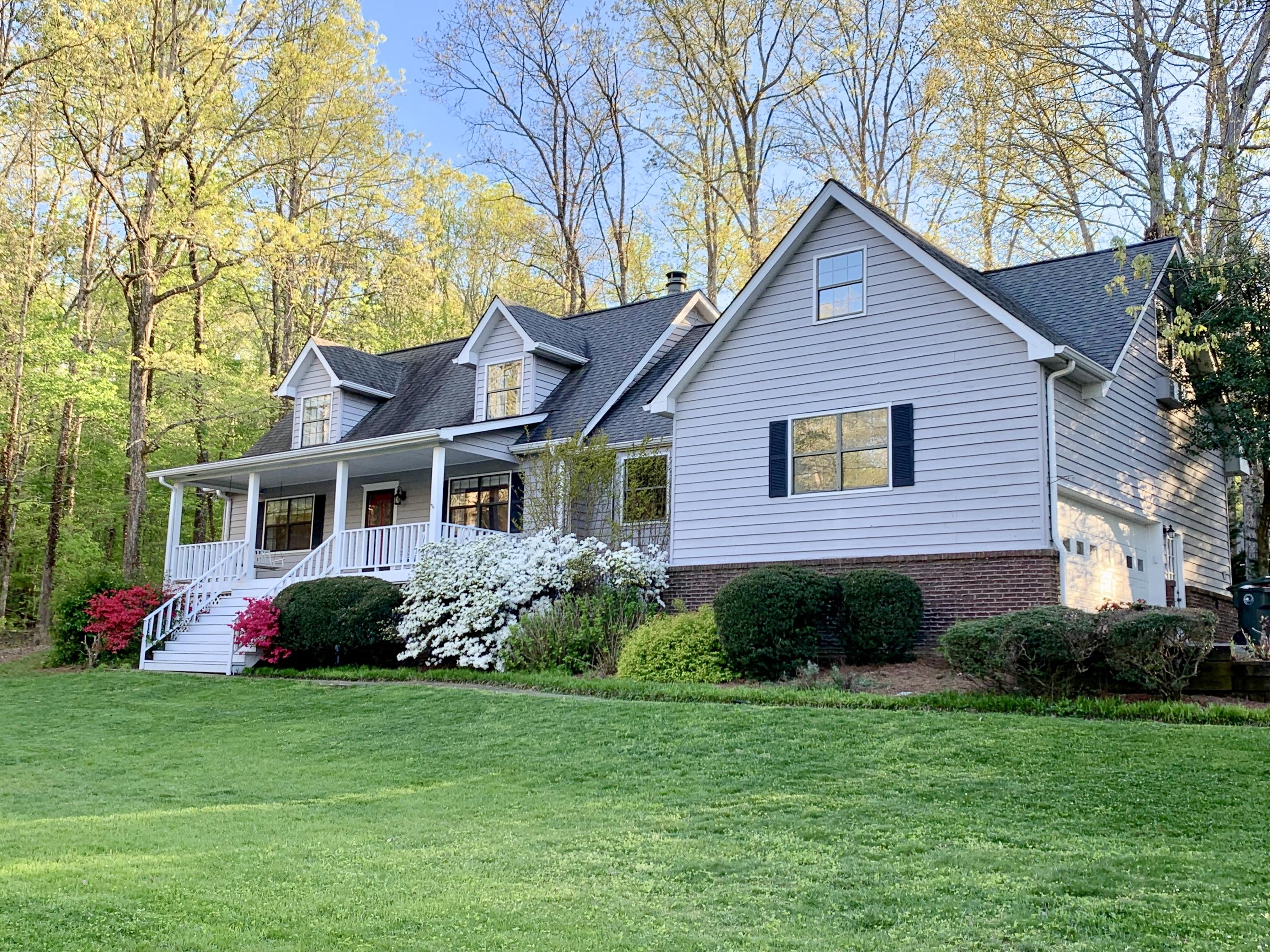 604 Dunsinane Rd, Signal Mountain, TN 37377
