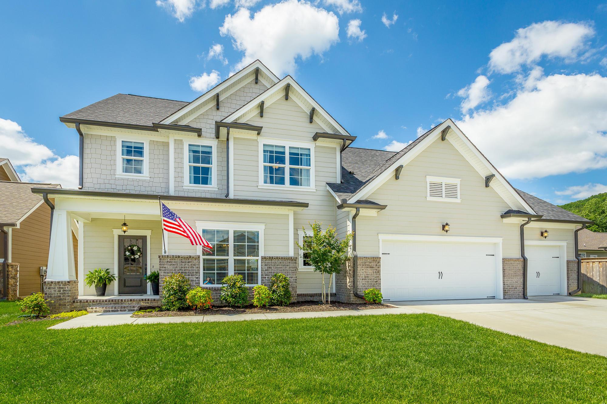 426 Boulder Creek Tr, Hixson, TN 37343