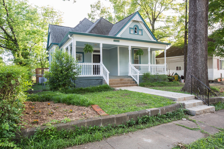 2504 Chamberlain Ave, Chattanooga, TN 37404