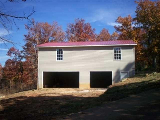 690 County Road 875, Etowah, TN 37331