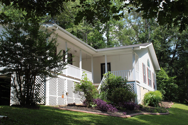 1280 Bonds Rd, Chickamauga, GA 30707