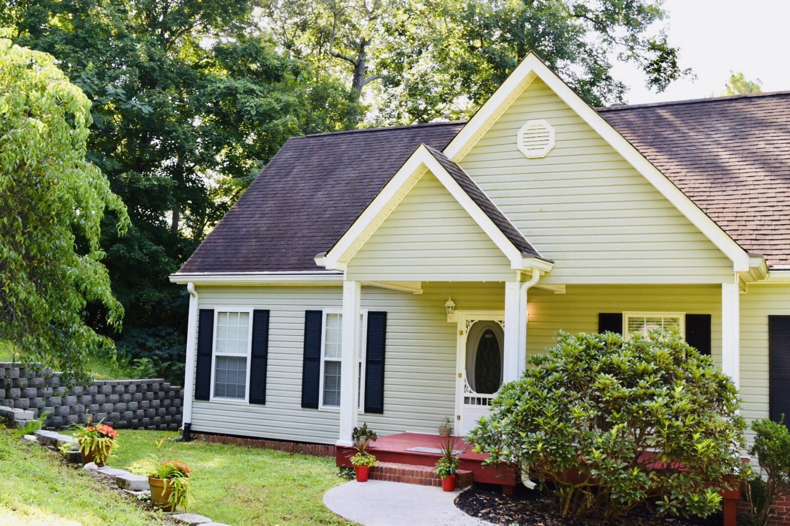 120 Old Homestead Dr, Chickamauga, GA 30707