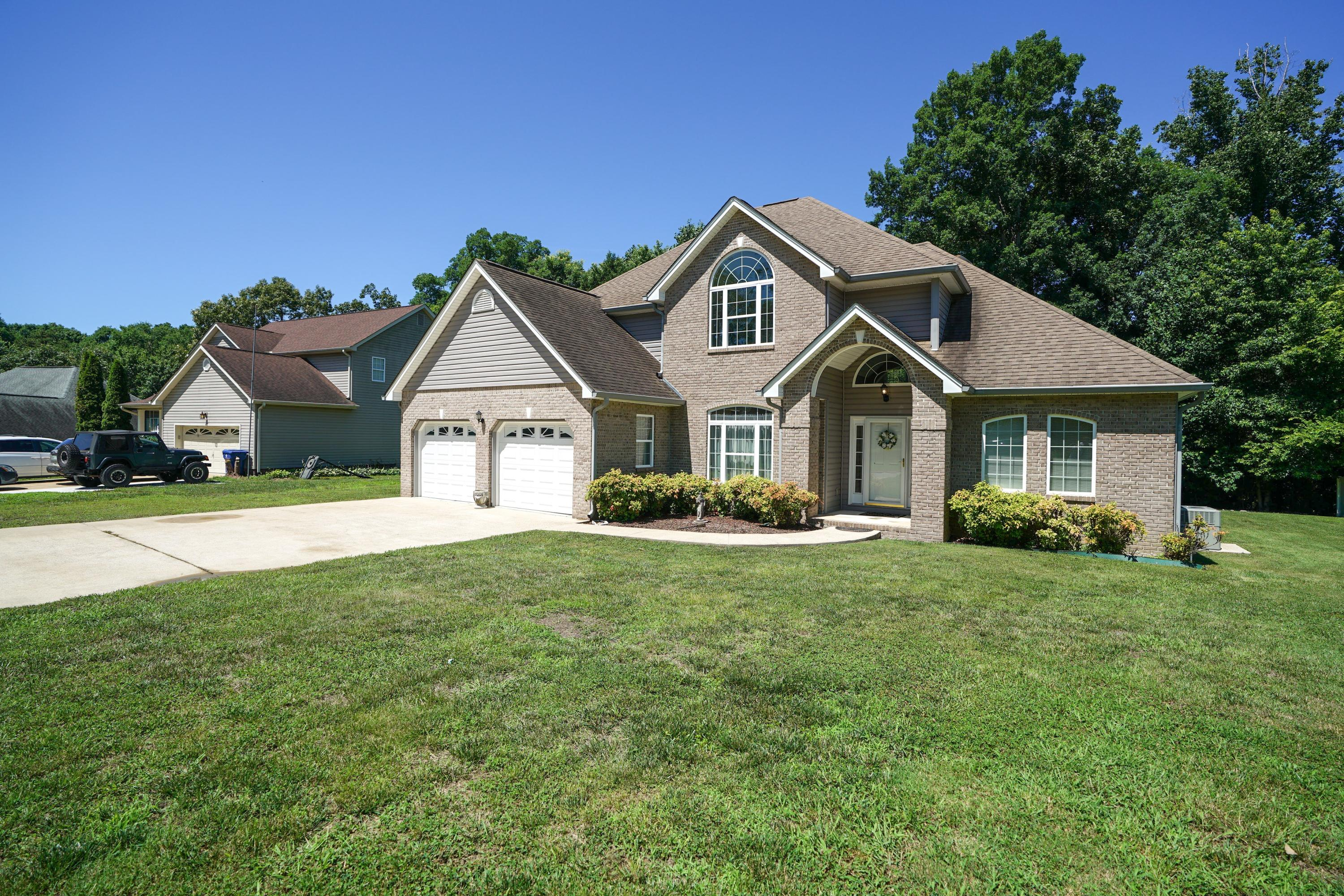2943 Chimney Lake Cir, Soddy Daisy, TN 37379