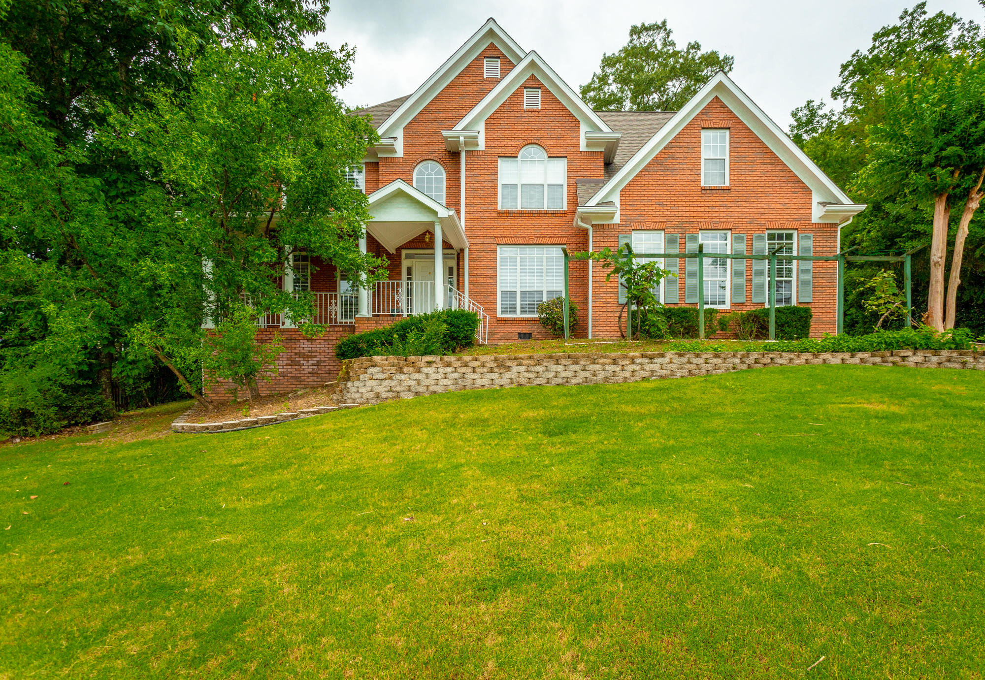9431 Lazy Circles Dr, Ooltewah, TN 37363