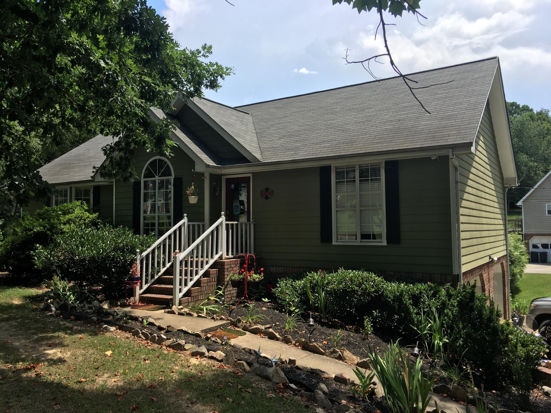 702 Ashbrook Dr, Hixson, TN 37343