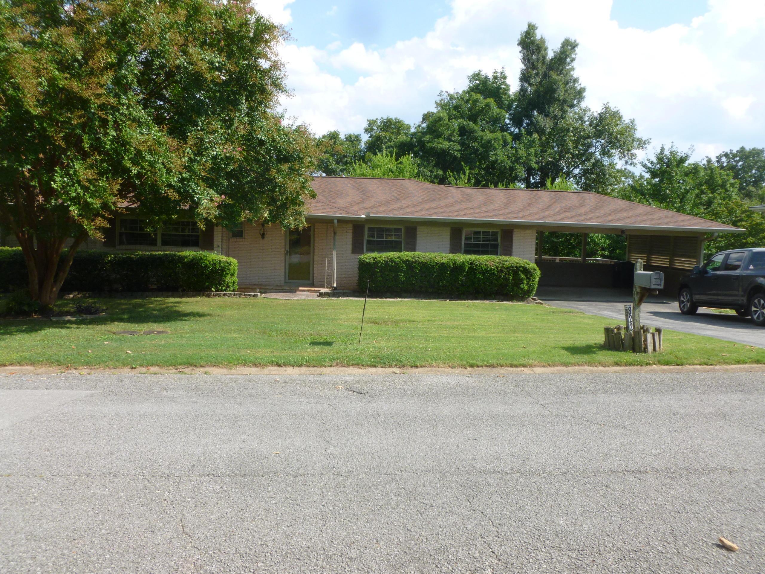 822 Brynwood Dr, Chattanooga, TN 37415