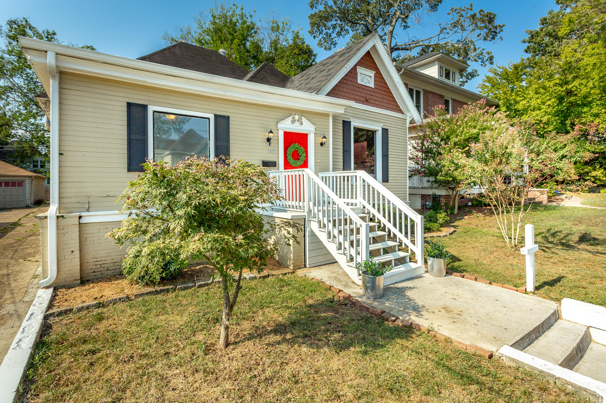 1604 Chamberlain Ave, Chattanooga, TN 37404