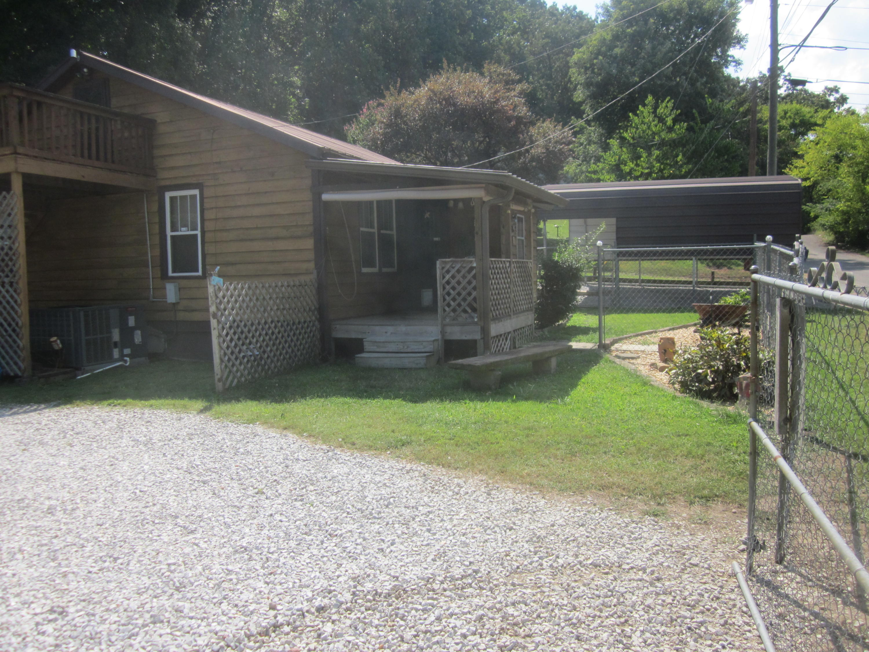 122 Heggie Rd, Rossville, GA 30741
