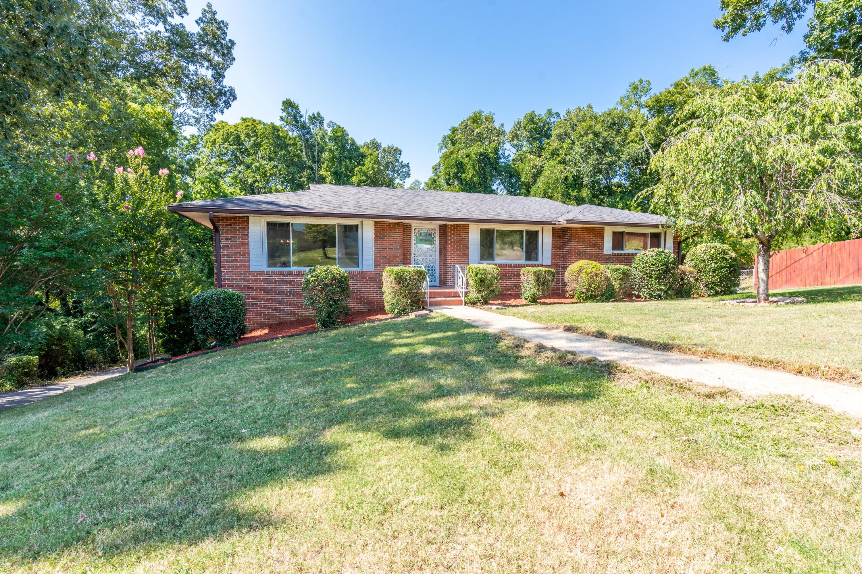 4012 Rogers Rd, Chattanooga, TN 37411
