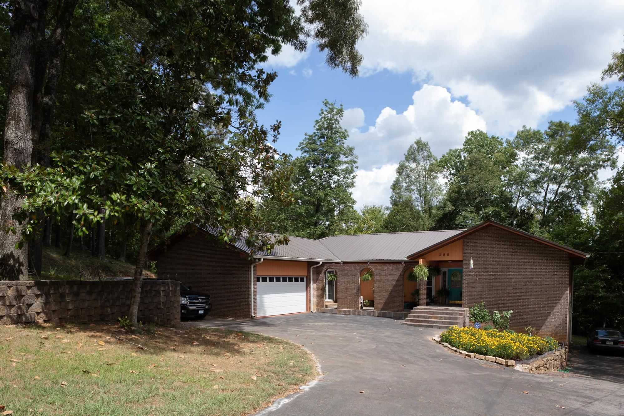300 Raulstontown Rd, South Pittsburg, TN 37380