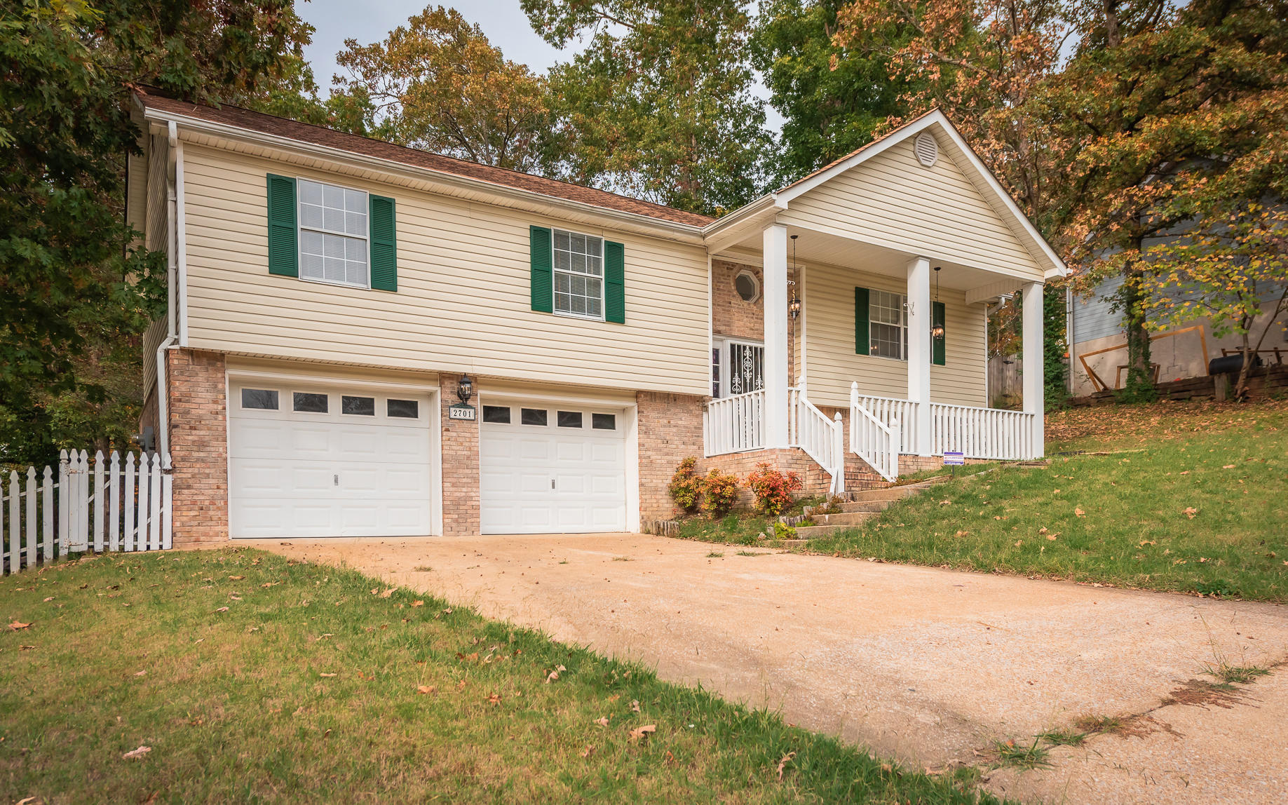 2701 Autumn Chase Dr, Chattanooga, TN 37421