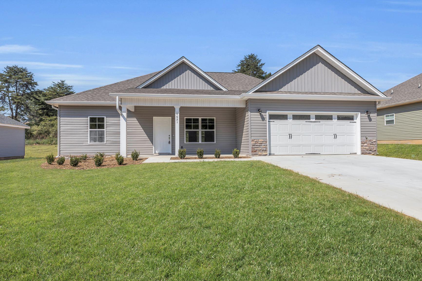 4531 Oakwood Dr, Chattanooga, TN 37416
