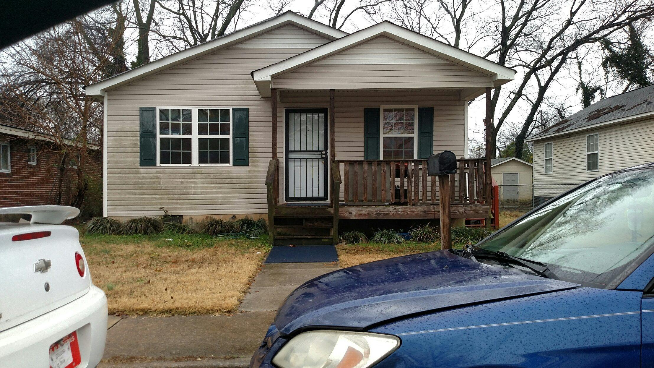 1706 Walker St, Chattanooga, TN 37404