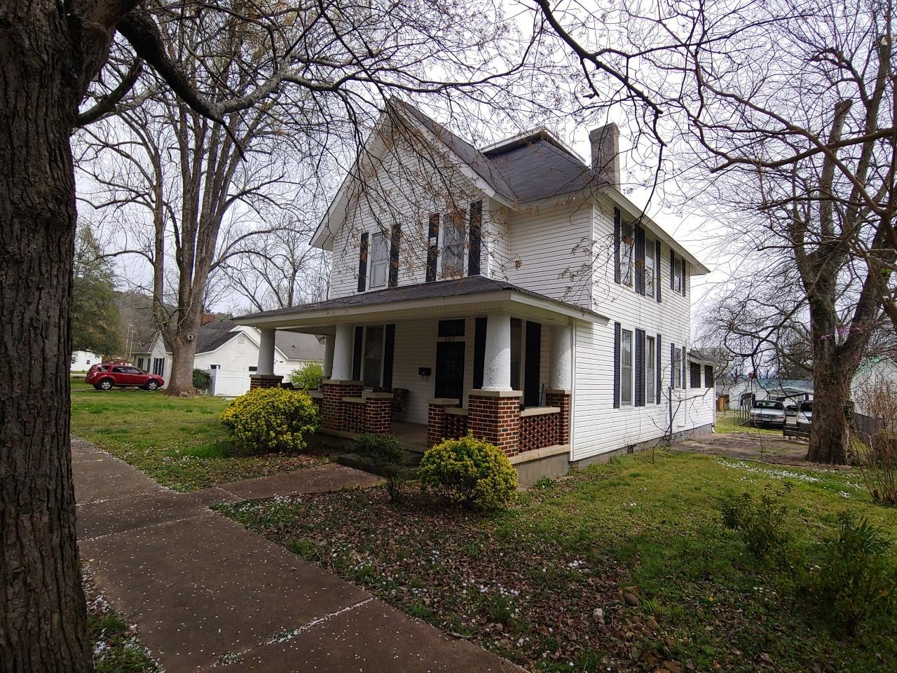 207 Magnolia Ave, South Pittsburg, TN 37380