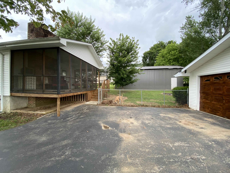 325 Hotwater Rd, Soddy Daisy, TN 37379