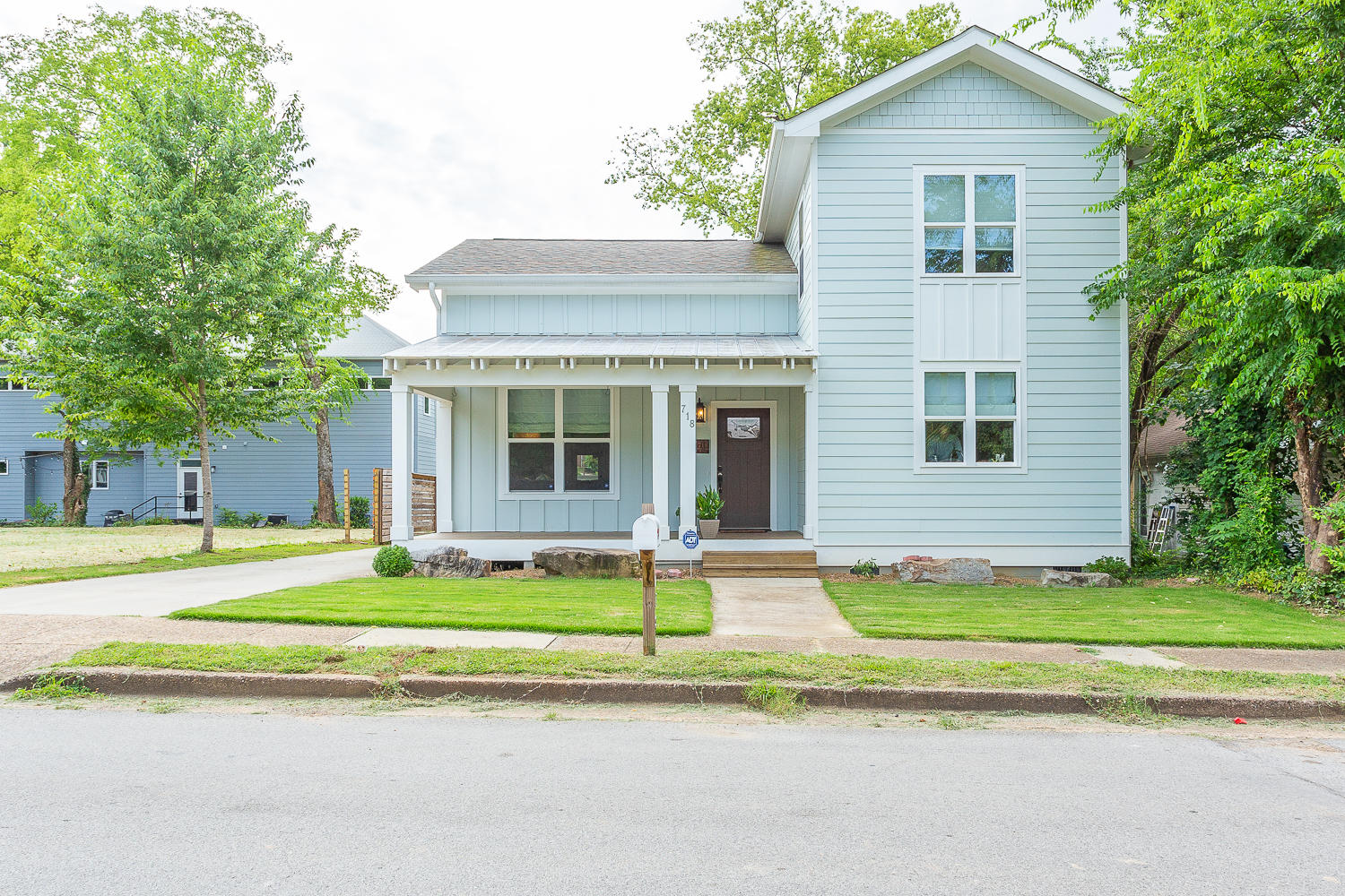 718 Spears Ave, Chattanooga, TN 37405