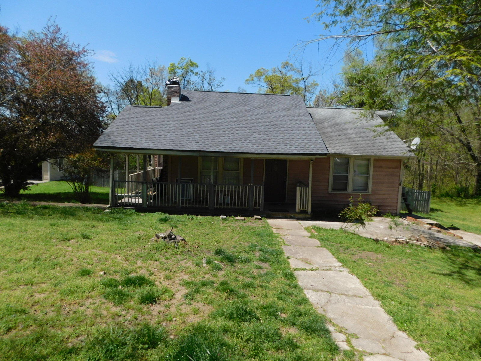 1208 Springview Dr, Chattanooga, TN 37421